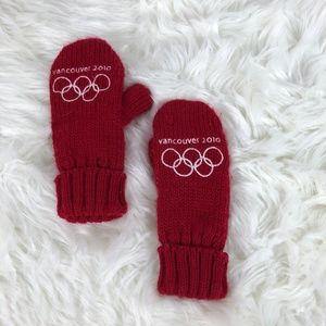 Vancouver Olympics 2010 Mittens; Canada Gloves
